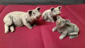 Mom N Piglets